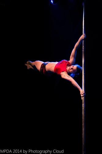 Mona Arbinger, Best Performance und 3.Platz Professional (mit einer Flag und sie grinst noch dabei)